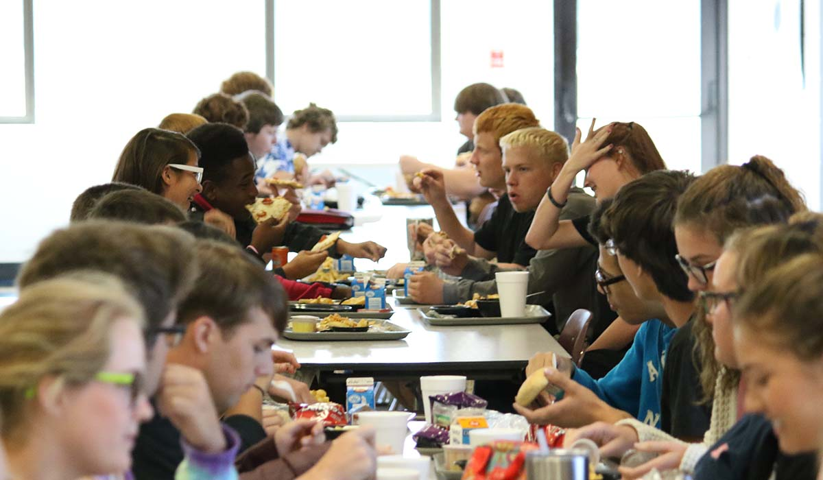 HCHS eating lunch